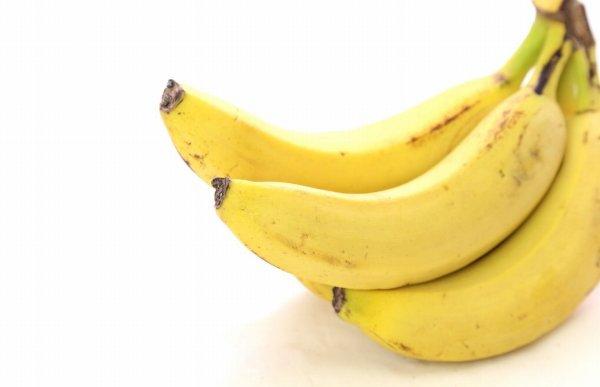3本のバナナ
