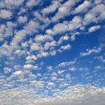 秋の雲の名前と種類まとめ:ユニークなすじ雲の特徴にほっこり