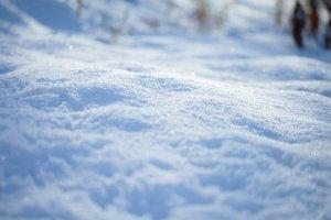 雪が積もった平原